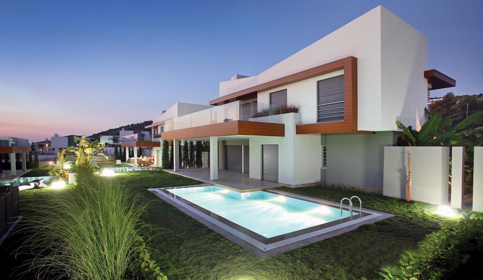 Mi'Marin Ilıca Villaları havuz manzarası